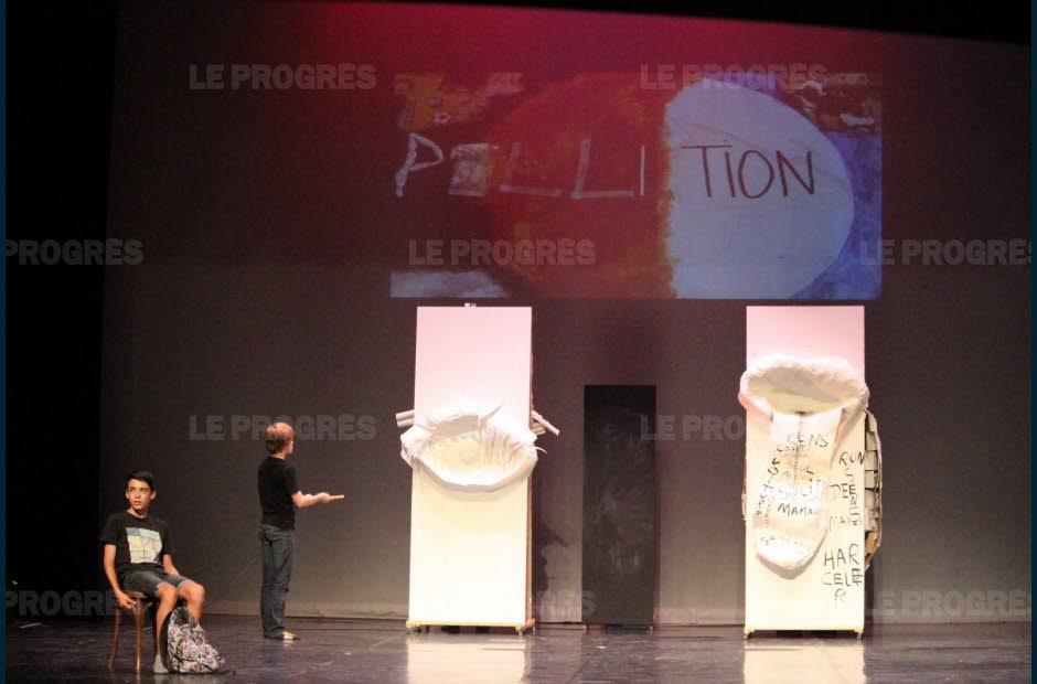 théâtre juin 2019 article Progrès (11)