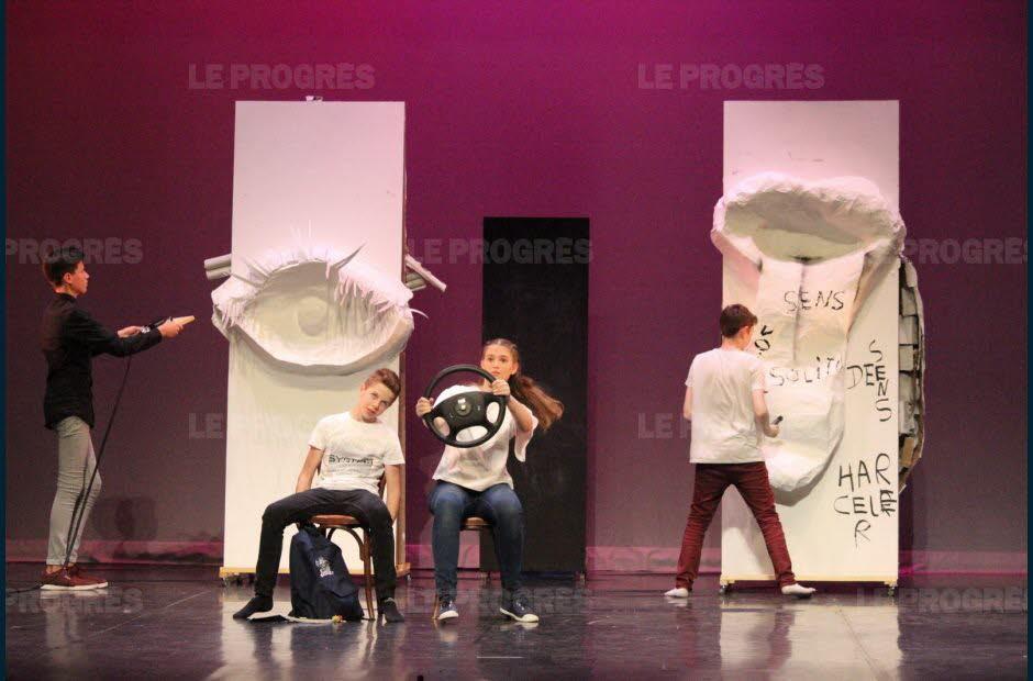 théâtre juin 2019 article Progrès (5)